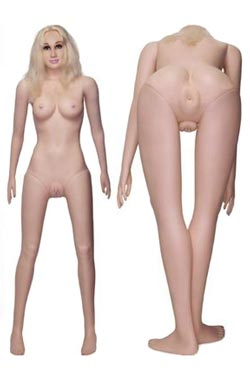 Sexdocka i naturlig storlek